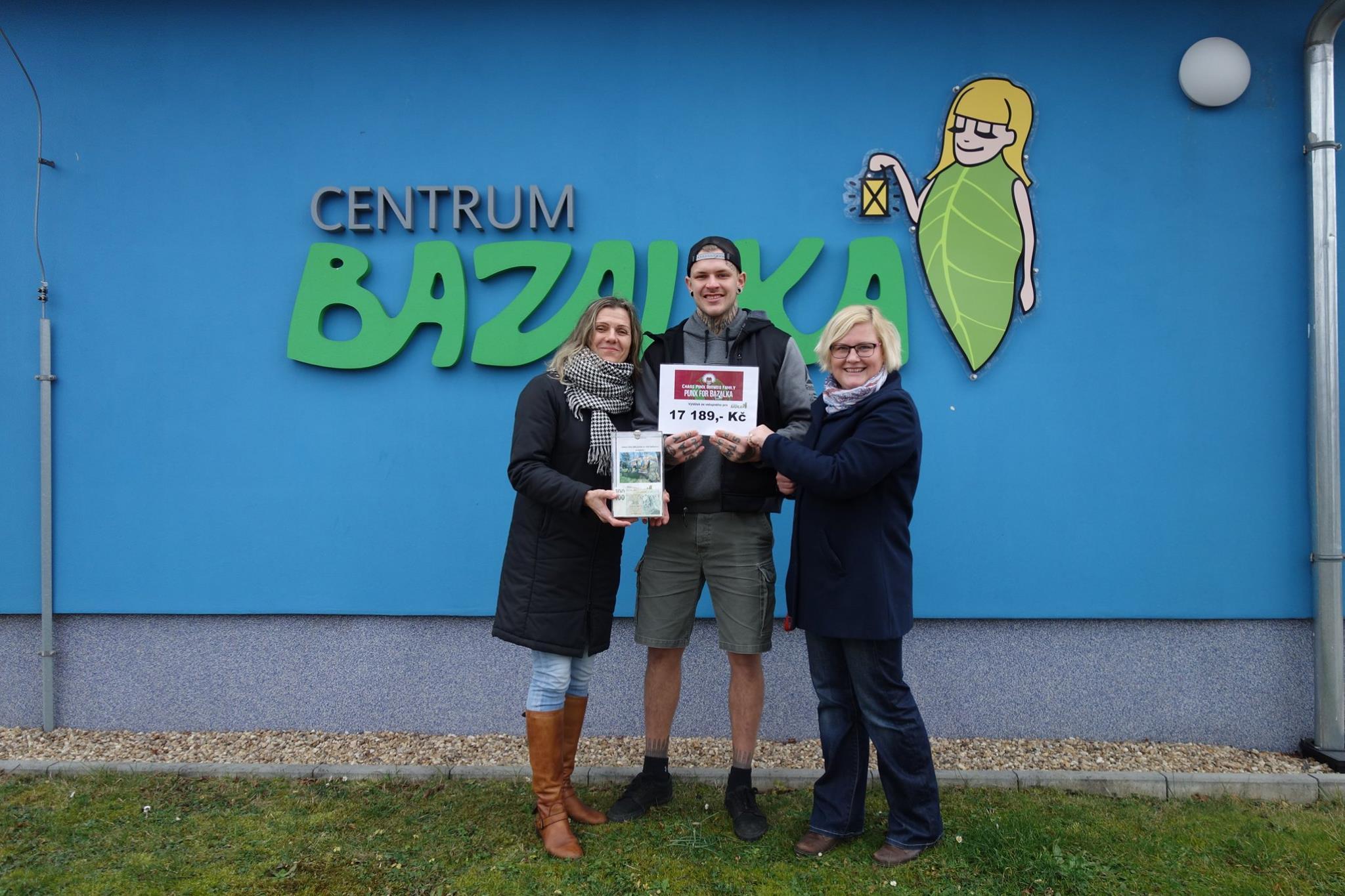 Příznivci punkové muziky vybrali pro Bazalku přes 17 000 korun!