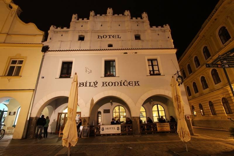 Šéfkuchař Pohlreich by byl spokojen, hotel Bílý koníček udělal několik významných kroků vpřed!