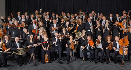 Sanghee Cheong /housle/, Stefan Kropfitsch /violoncello/  Thüringen Philharmonie / MEZINÁRODNÍ HUDEBNÍ FESTIVAL ČESKÝ KRUMLOV