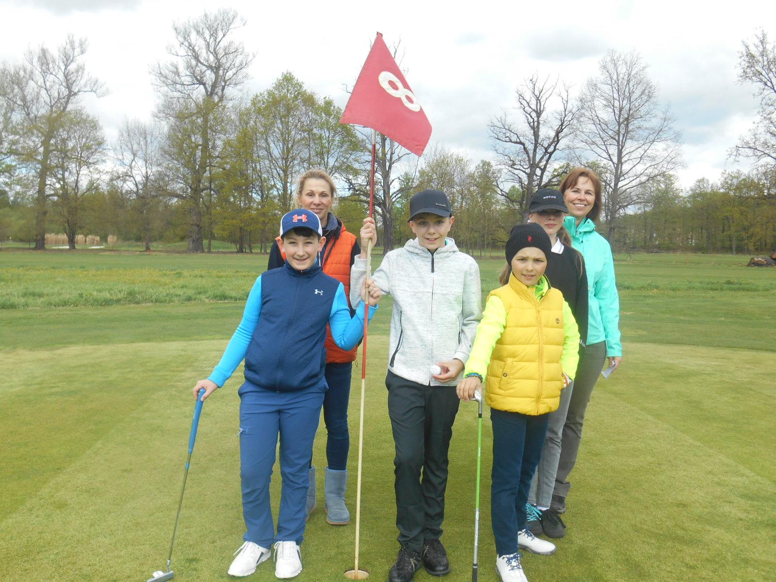V neděli  dne 28. 4.2019 se sešli naši junioři, aby se utkali v jejich prvním turnaji této sezóny - Zahajovacím Junior Golf Cupu 2019
