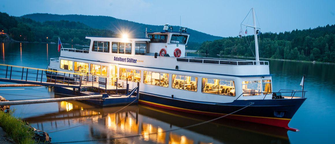 Vaše lodní doprava na Lipně - Jízdní řád
